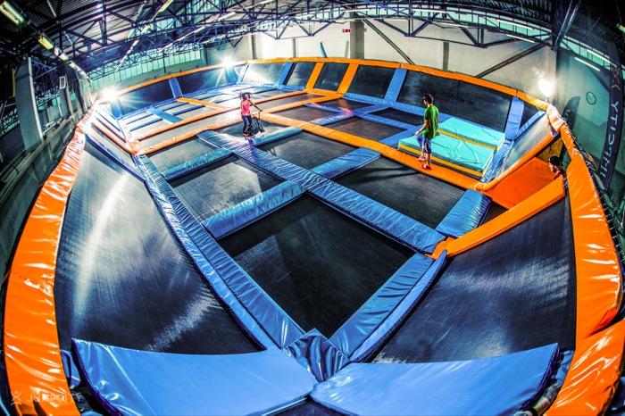 najwiekszy park trampolin  europie jumpcity